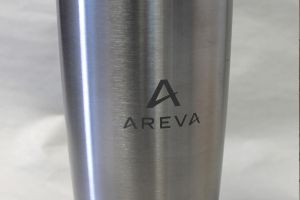 Stainless steel tumbler with